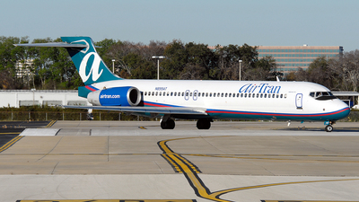 N899AT - Boeing 717-2BD - airTran Airways