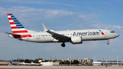 A picture of N335RT - Boeing 737 MAX 8 - American Airlines - © Carlos Alberto Rubio Herrera