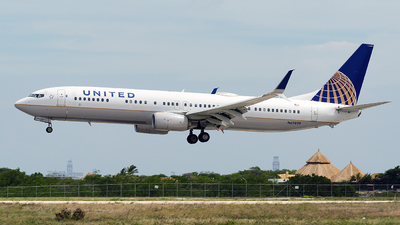 N69830 - Boeing 737-924ER - United Airlines