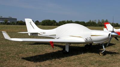 A picture of FJWOF - Aerospool WT9 Dynamic - [DY295/2009] - © Daniel Schwinn