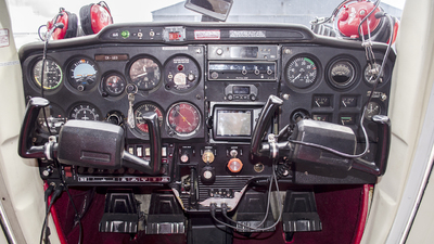 CX-LEO - Cessna 150L - Carrasco Flight School