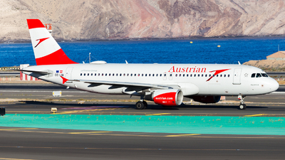 A picture of OELBI - Airbus A320214 - Austrian Airlines - © Román A. Pérez