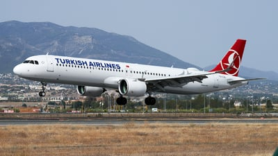 A picture of TCLSL - Airbus A321271NX - Turkish Airlines - © Fernando Roca
