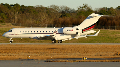 A picture of N141QS - Bombardier Global 6000 - NetJets - © Carlos Barcelo
