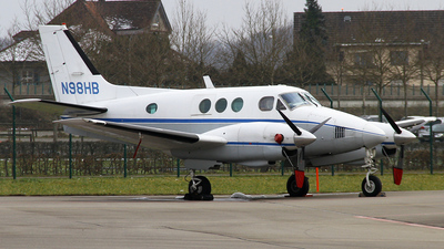 A picture of N98HB - Beech 65A90 King Air - [LJ285] - © Karl K.