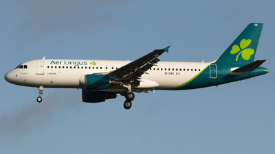 A picture of EIDVK - Airbus A320214 - Aer Lingus - © Nick Farrington