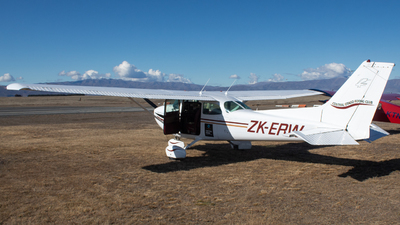 ZK-ERW - Cessna 172N Skyhawk - Central Otago Flying Club