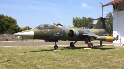 21-64 - Lockheed F-104G Starfighter - Germany - Air Force