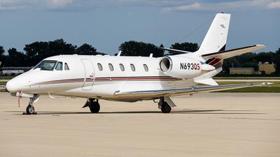 A picture of N693QS - Cessna 560XLS Citation Excel - NetJets - © Martin Pinnau