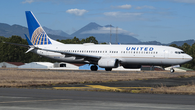 N12238 - Boeing 737-824 - United Airlines
