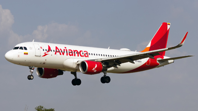 A picture of N748AV - Airbus A320214 - Avianca - © eifer_dsi