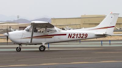 A picture of N21329 - Cessna 172M Skyhawk - [17263931] - © Jeremy D. Dando