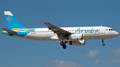 P4-AAC - Airbus A320-232 - Aruba Airlines