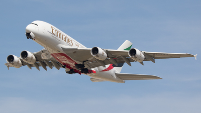 A picture of A6EVD - Airbus A380842 - Emirates - © Spot Plane from Balcony