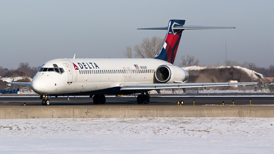 N934AT - Boeing 717-231 - Delta Air Lines