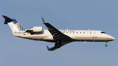 N975SW - Bombardier CRJ-200ER - United Express (SkyWest Airlines)