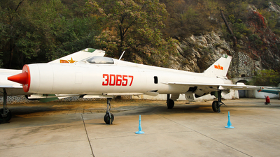 30657 - Shenyang J-8 - China - Air Force
