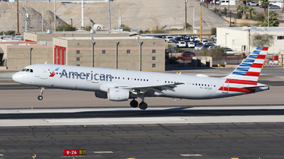 A picture of N171US - Airbus A321211 - American Airlines - © Miguel Alia