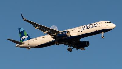 A picture of N999JQ - Airbus A321231 - JetBlue Airways - © Luis Bastardo
