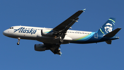 A picture of N836VA - Airbus A320214 - Alaska Airlines - © Huy Do