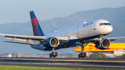 N535US - Boeing 757-251 - Delta Air Lines
