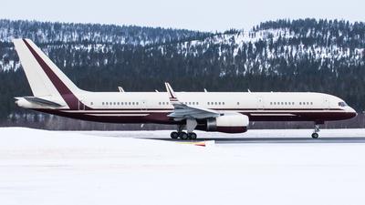 N770BB - Boeing 757-2J4 - Private