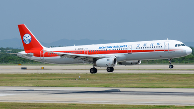 A picture of B6906 - Airbus A321231 - Sichuan Airlines - © Xiwang