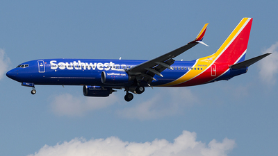 N8682B - Boeing 737-8H4 - Southwest Airlines