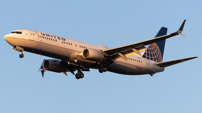 N39475 - Boeing 737-924ER - United Airlines