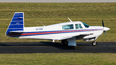 VH-KSX - Mooney M20J - Private
