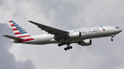 N766AN - Boeing 777-223(ER) - American Airlines