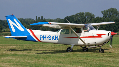 PH-SKN - Cessna 172M Skyhawk - Private