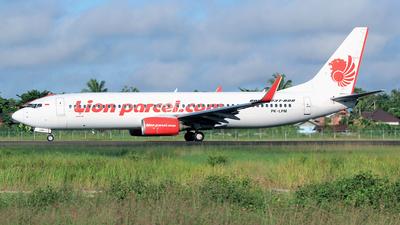 A picture of PKLPM - Boeing 7378GP - Lion Air - © M. Raykahn Ariga