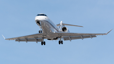 N763QS - Bombardier BD-100-1A10 Challenger 350 - NetJets Aviation