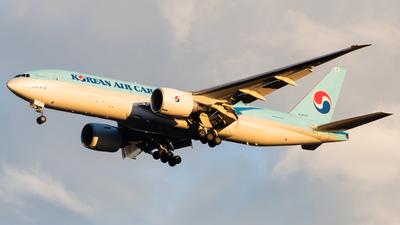 HL8076 - Boeing 777-FB5 - Korean Air Cargo