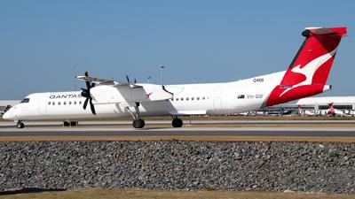A picture of VHQOF - De Havilland Canada Dash 8400 - QantasLink - © Josh Deitz