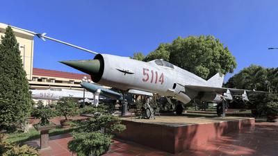 5114 - Mikoyan-Gurevich Mig-21MF Fishbed - Vietnam - Air Force