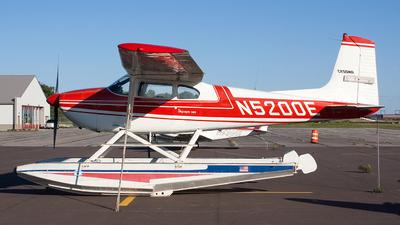 A picture of N5200E -  - [50500] - © Jeremy D. Dando