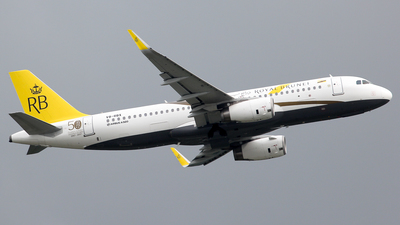 V8-RBX - Airbus A320-232 - Royal Brunei Airlines