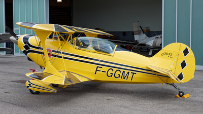 F-GGMT - Pitts S-2A Special - Private