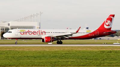 OE-LCL - Airbus A321-211 - Air Berlin (Niki)