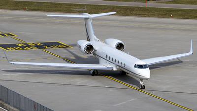 M-MNDG - Gulfstream G550 - Private