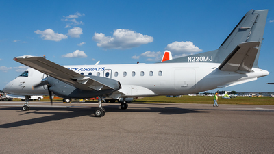 A picture of N220MJ - Saab 340B - Contour Aviation - © Hector Rivera-HR Planespotter