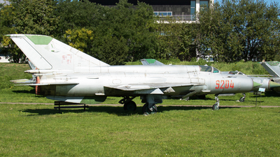 9204 - Mikoyan-Gurevich MiG-21bis Fishbed L - Poland - Air Force