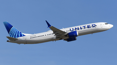 A picture of N37528 - Boeing 737 MAX 9 - United Airlines - © DJ Reed - OPShots Photo Team