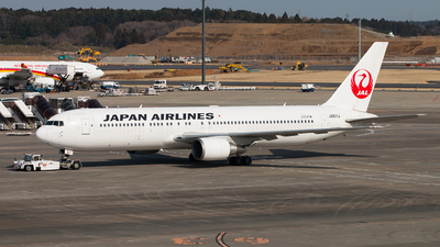 JA611J - Boeing 767-346(ER) - Japan Airlines (JAL)