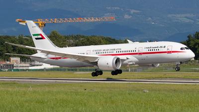 A6-PFC - Boeing 787-8 Dreamliner - United Arab Emirates - Abu Dhabi Amiri Flight