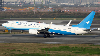 A picture of B1301 - Boeing 73785C - Xiamen Air - © YIJING HOU