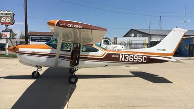 N3695C - Cessna R182 Skylane RG II - Private