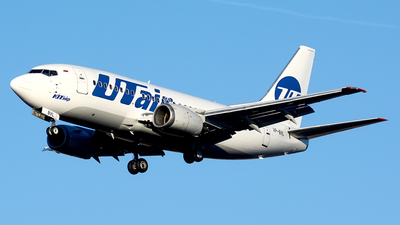 VP-BVL - Boeing 737-524 - UTair Aviation